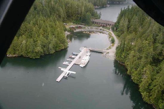 Eagle Nook Resort: Between The Waters