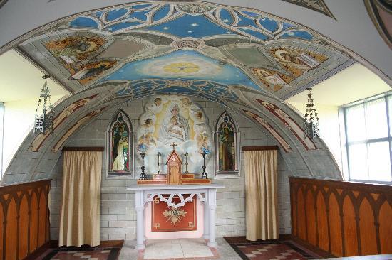 Mainland, UK : Altar at Italian Chapel