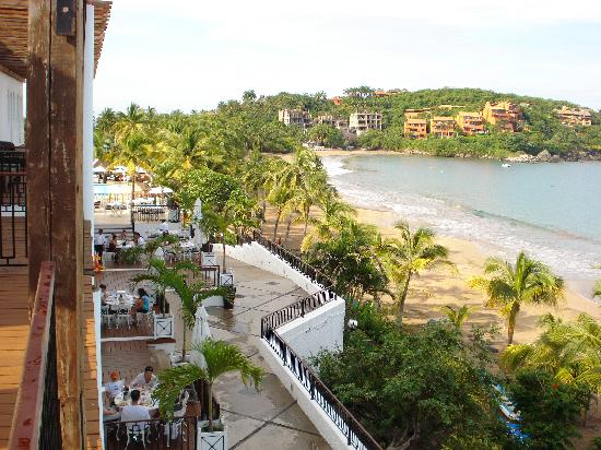 Club Med Ixtapa Pacific: View toward the left side