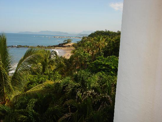 Club Med Ixtapa Pacific: View toward the right side