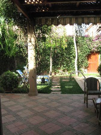 Dar El Kanoun : The garden