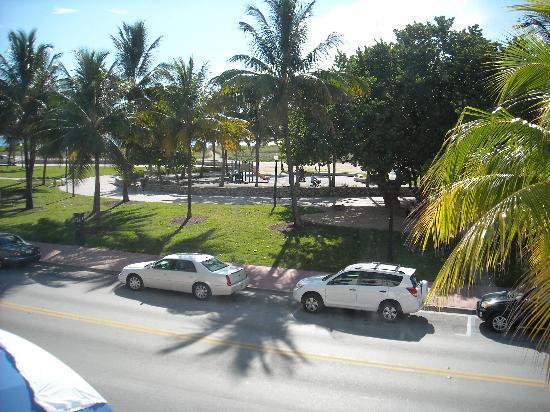 Beach Park Hotel: Window View