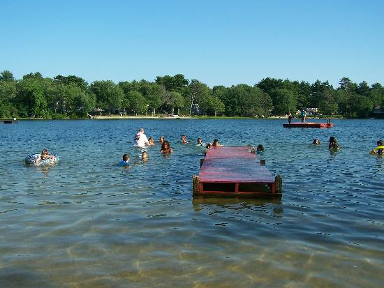 Ellis Haven Campground: pond