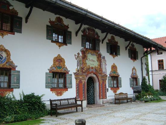 Steinbach Hotel: townhall