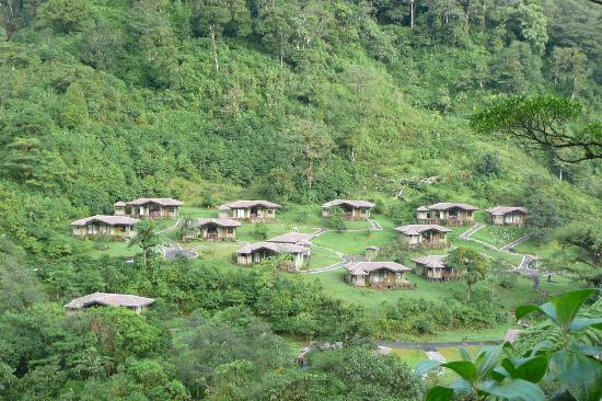El Silencio Lodge & Spa: View of Suites From Lookout Point