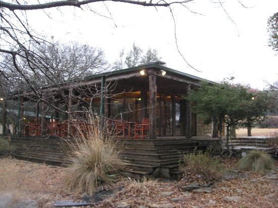 Foothills Safari Camp at Fossil Rim: The lodge