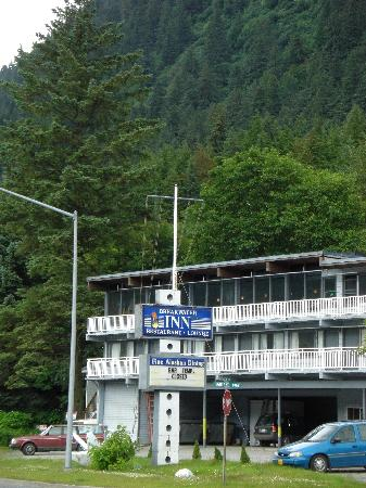 Breakwater Inn, July 2008