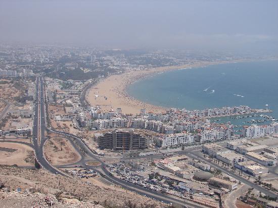 Ryad Mogador Al Madina: Vue de la baie d'agadir, tour de la ville