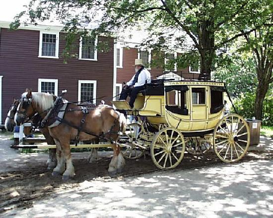 Old Sturbridge Village : The New Stage Coach at OSV