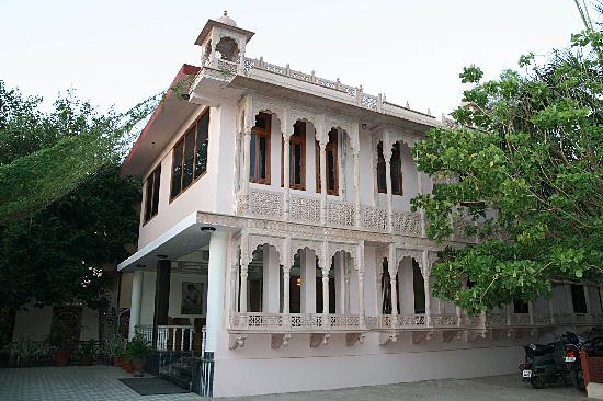 Entr e de l 39 hotel picture of ranthambhore regency hotel for Entree hotel