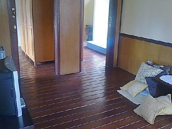 Retanata Home-Stay : rumah kayu