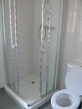 Hamersay House: bathroom