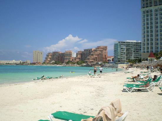 Hotel Riu Cancun Gorgeous Beach