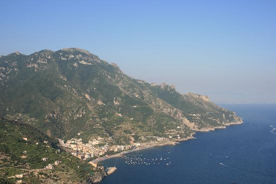 Me.Fra Camere di Sonia Criscuolo: The view from Ravello
