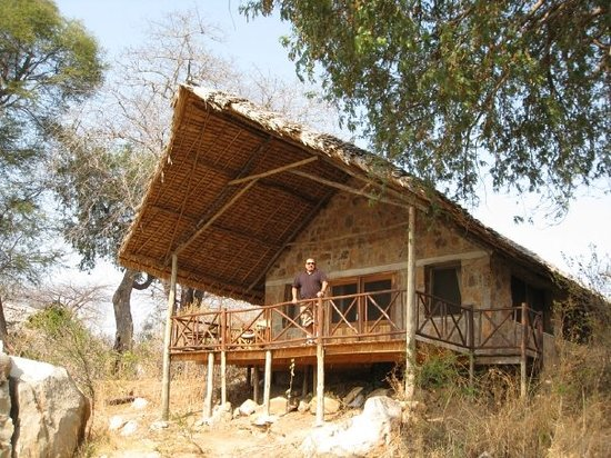 Ruaha River Lodge: The Banda