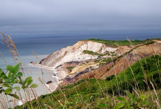 Aquinnah, Μασαχουσέτη: Cliffs by Gay Head Lighthouse