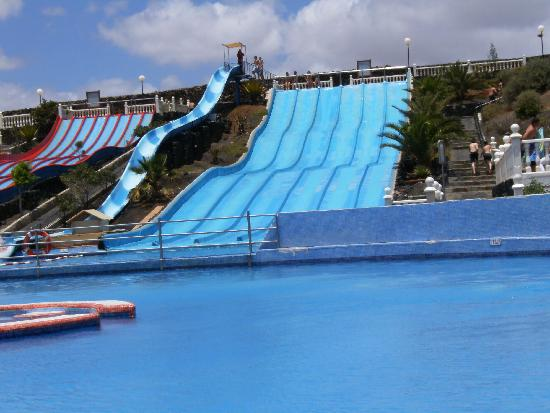 Aquapark Costa Teguise : Another view from our sunlounger
