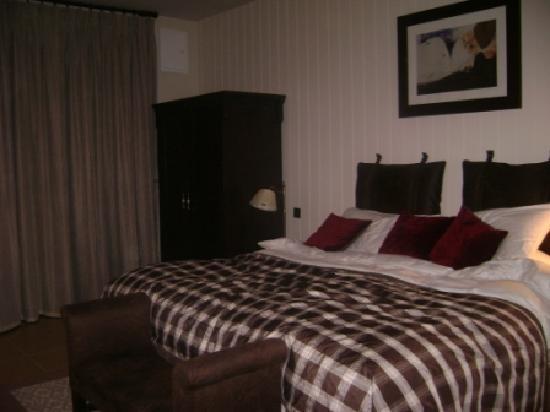 Lough Eske Castle, a Solis Hotel & Spa: Bedroom