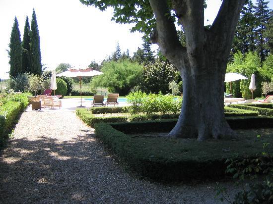 Clos Saint Esteve : Blick zum Pool
