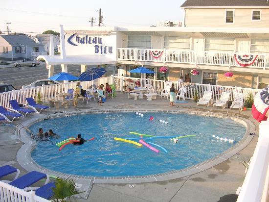 Chateau Bleu Resort Motel : pool