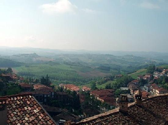 Le Case della Saracca: surroundings