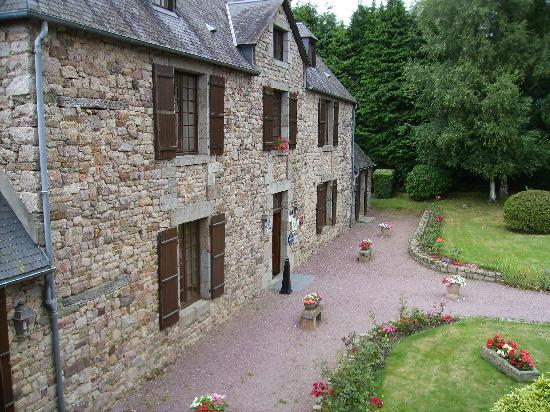Sainte-Cecile, Франция: Entrada a Manoir de L'Acherie