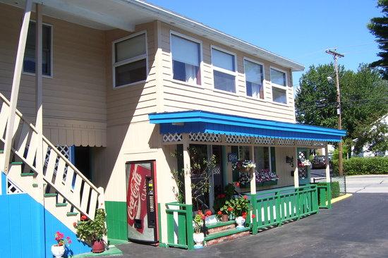 Norman's Motel : Office