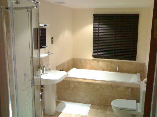Higher Riscombe Luxury Bed and Breakfast: Luxurious en suite bathroom.