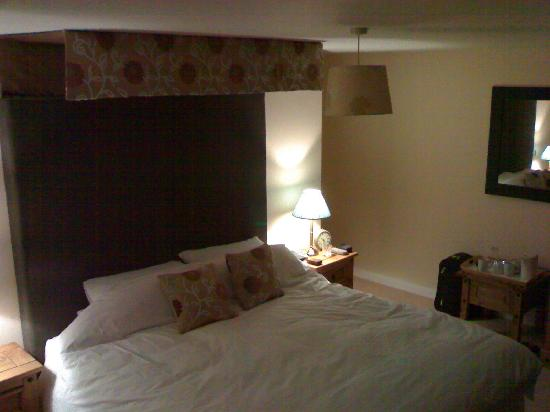 Higher Riscombe Luxury Bed and Breakfast: The very cosy bedroom.