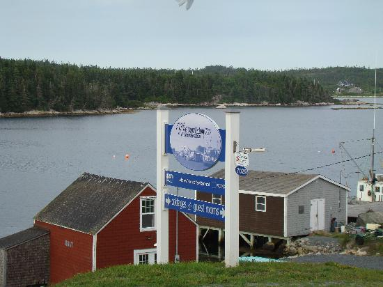 West Dover Harbour View Cottages & Guestrooms: their sign across street