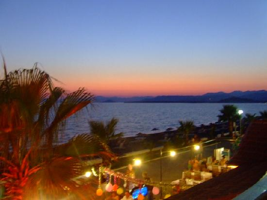 Calis Beach: Sunset from La terace resturant