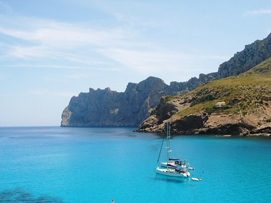 Cala San Vincente, Spain: bay into Cala Molins