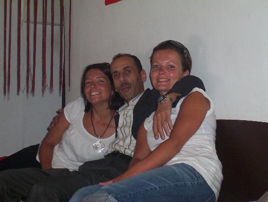 Riad Nejma Lounge: Dernier jour photo souvenir avec Abdou