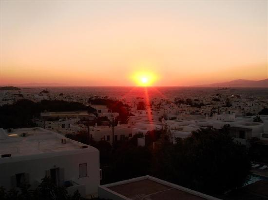 Rochari Hotel: sunset from room every night
