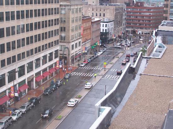 Hilton Hartford : Vue de la rue devant le Civic Center