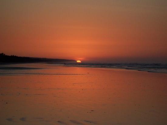 San Miguel, El Salvador: Amanecer en Playa el Espino