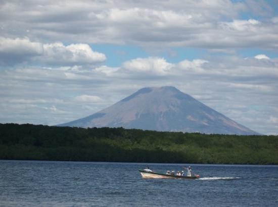 San Miguel, El Salvador: Estero la Chepona