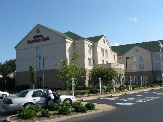 hilton garden inn newport news hotel exterior - Hilton Garden Inn Newport News