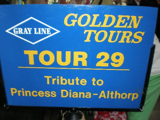 Northampton, UK: Gray Line Tours' signage