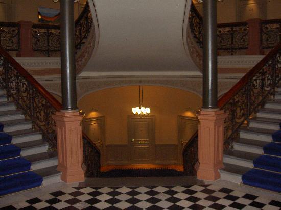 Elite Hotel Knaust: Staircase