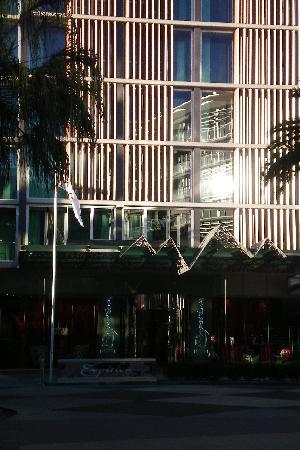 Emporium Hotel: Emporium exterior