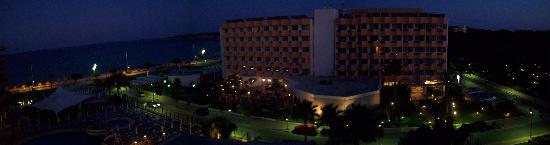 Hotel Sumba: night view from balcony