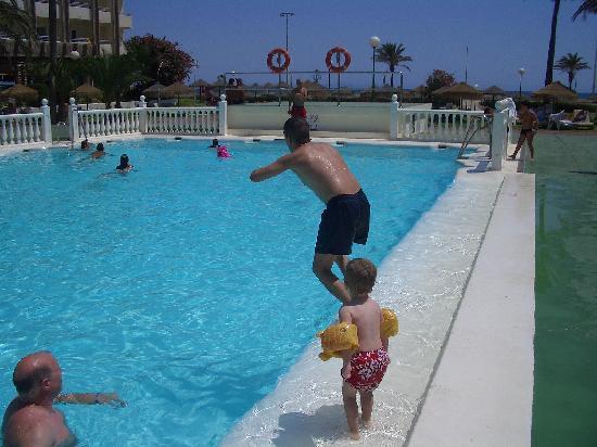 Evenia Zoraida Park: hotel pool