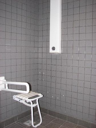 Exemple toilette PUBLIC PLAGE à Dieppe - Photo de Hotel Residence du ...