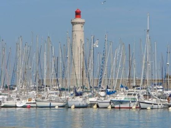 Sète, France : sete, lighthouse on harbour