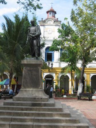 Mompos, Colombie : plaza Bolivar