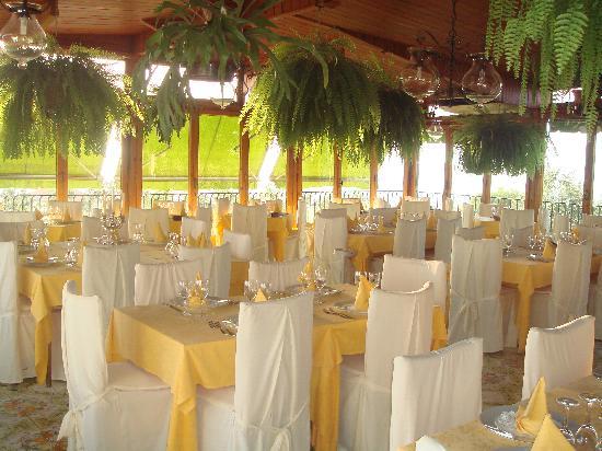 Hotel Villa Pina: View of Restaurant