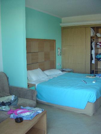 Sun Palace Hotel: room