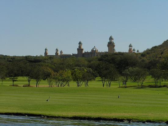 Sun City, Sør-Afrika: Palce and golfcourse