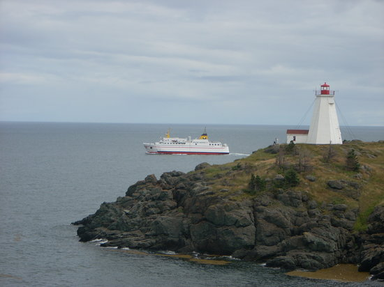 Nuevo Brunswick, Canadá: Ferry & Swallowtail Lighthouse at North Head